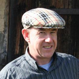 Burberry Style Cap