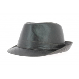 Hold hat