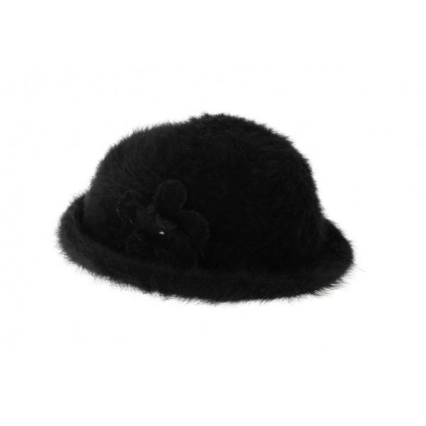 Fee angora hat
