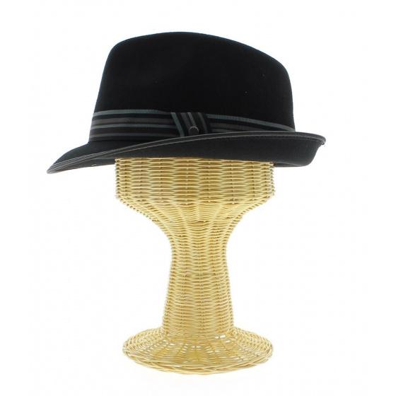 Marotte for cap cap