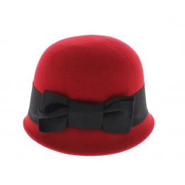 Chapeau cloche rouge
