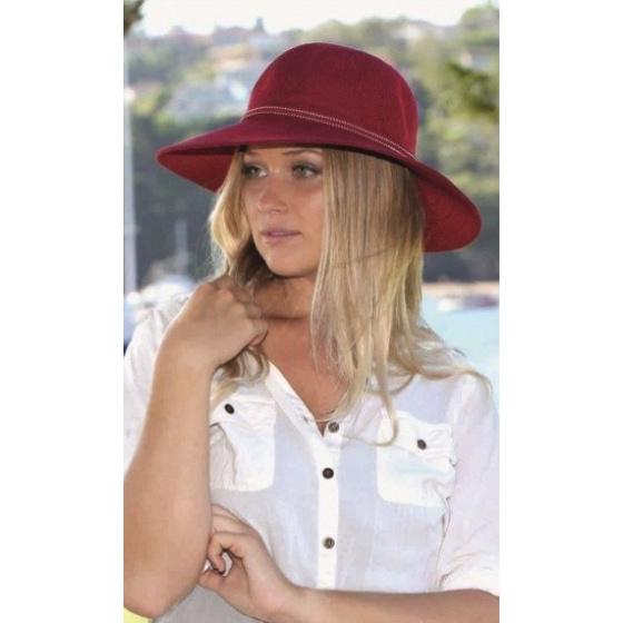 Suzi Polyester Capelin Red - Rigon Headwear