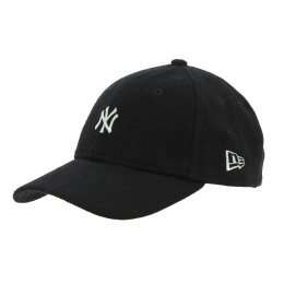 Strapback Melton Mini Wool Cap Black - New Era