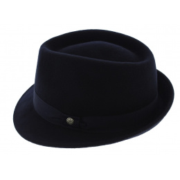 Kristen Nero hat by  Keyone