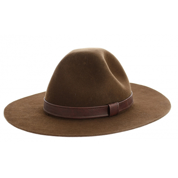 Brown Scout hat - Traclet
