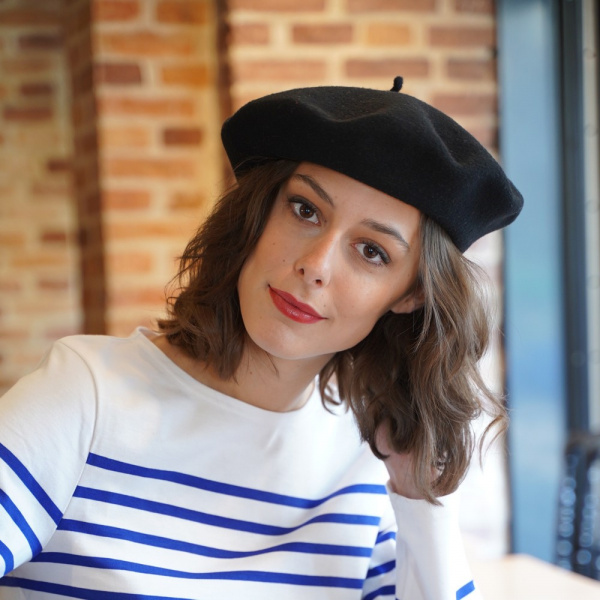The Classic Black French Beret- Le Béret Français