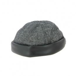 Cooper hat black lapel
